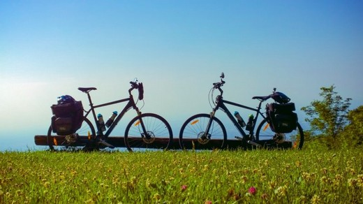Bikes Nature Bicycle Cycling Cycle  - mtomicphotography / Pixabay