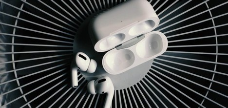 Headphones Airpods Pro White  - lg24lg / Pixabay